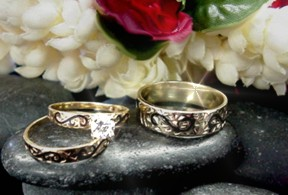 14kt Hawaiian Wedding Set With Black Enamel Scrolling On Both Engagement And Ring Center Stone Your Choice Of 1 4 Carat 3 Diamond
