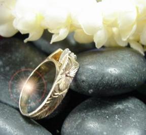 hawaiian wedding ring 426 sidejpg 21402 bytes - Hawaiian Wedding Rings